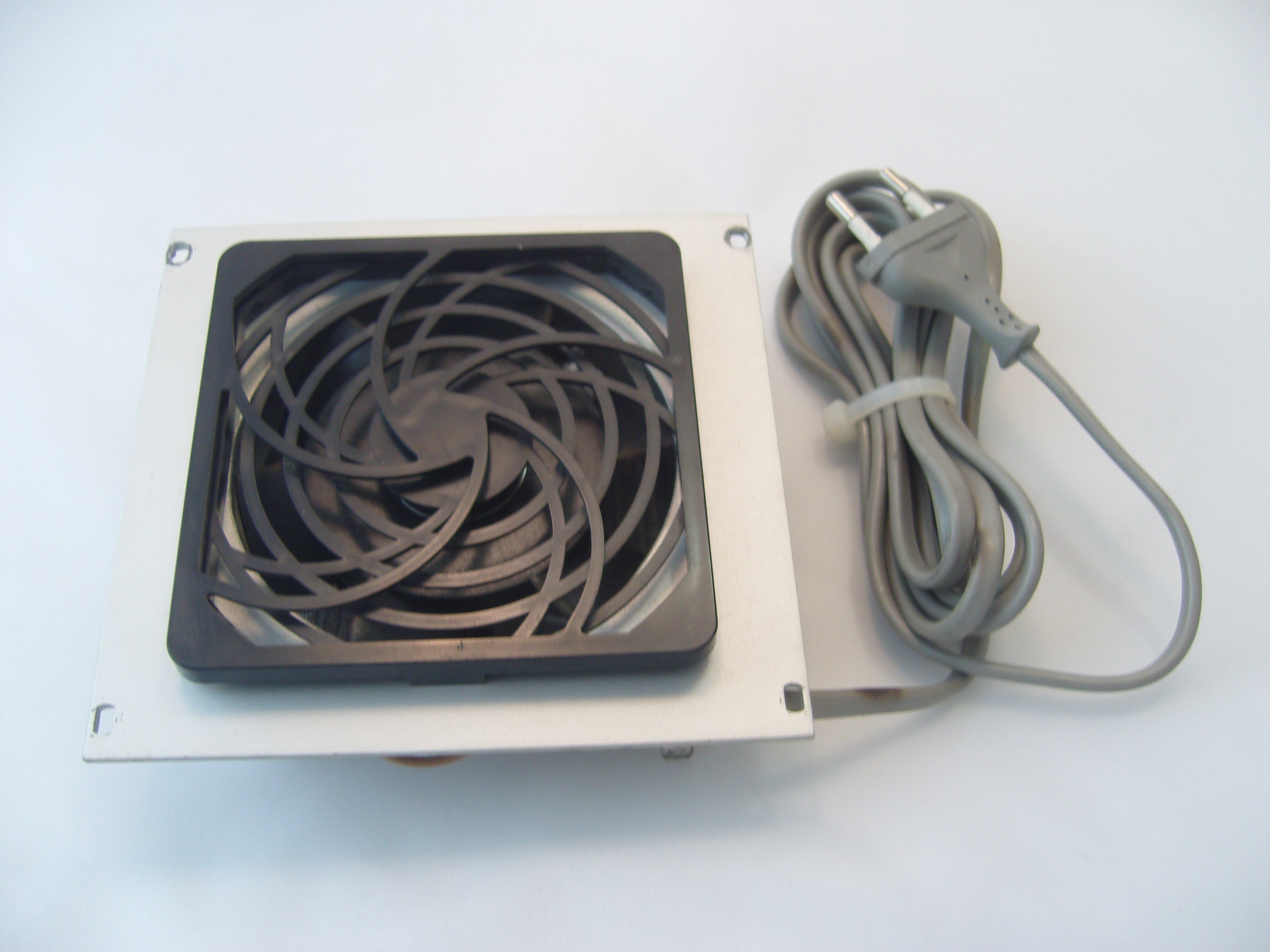 PC Lüfter 12 Volt 6x6cm